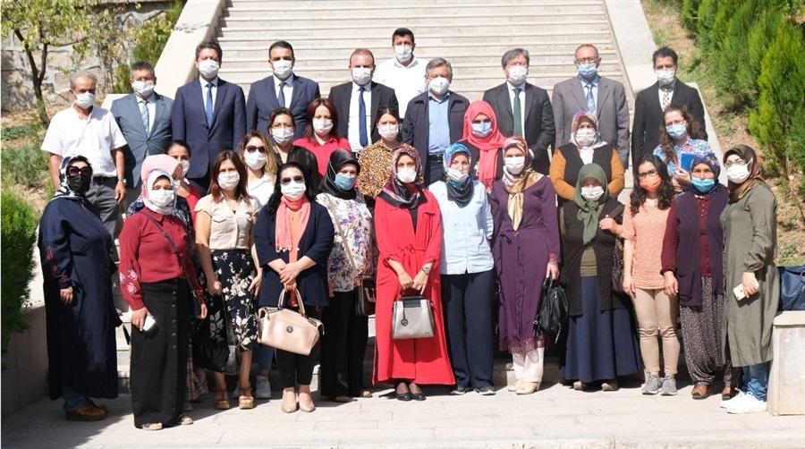 Yeni kurulan Kadın Girişimi, Üretim ve İşletme Kooperatiflerimizin yönetim kurulu başkanları ile toplantı düzenlendi