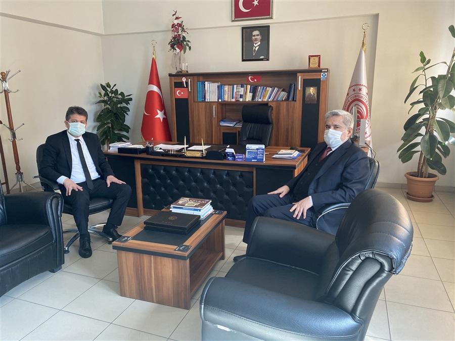 Aksaray Üniversitesi (ASÜ) Rektörü Prof. Dr. Yusuf Şahin İl Müdürümüz İsmail Sevim'e iade-i ziyarette bulundu