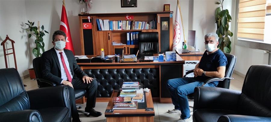 Antalya Ticaret İl Müdürü Halil Özşahan İl Müdürümüz İsmail Sevim'i Makamında ziyaret etti.